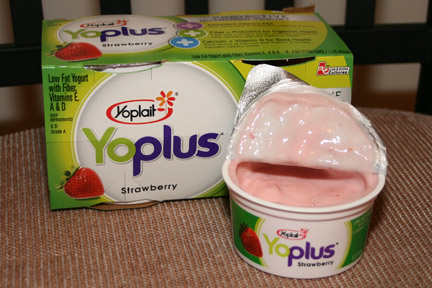 Yoplait Yoplus Strawberry