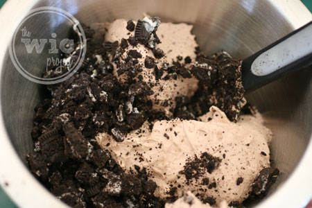 OREO and Cool Whip Frosting Mix