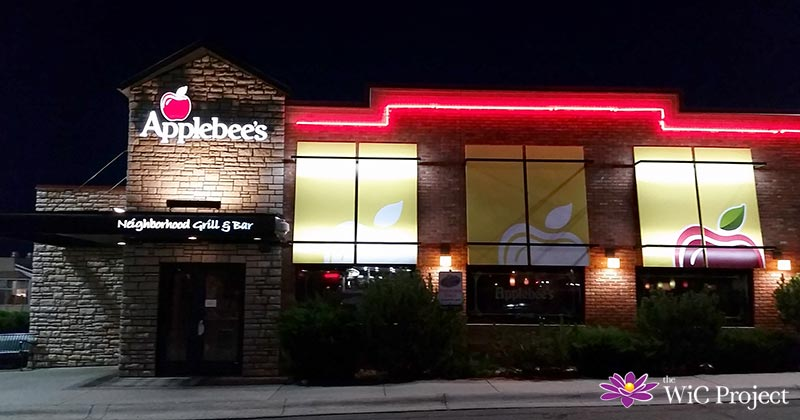 Have a Date Night at Applebee's Neighborhood Bar & Grill