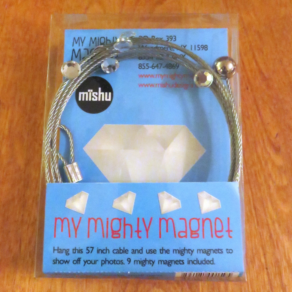 How to Easily Display Photos and Awards with My Mighty Magnet