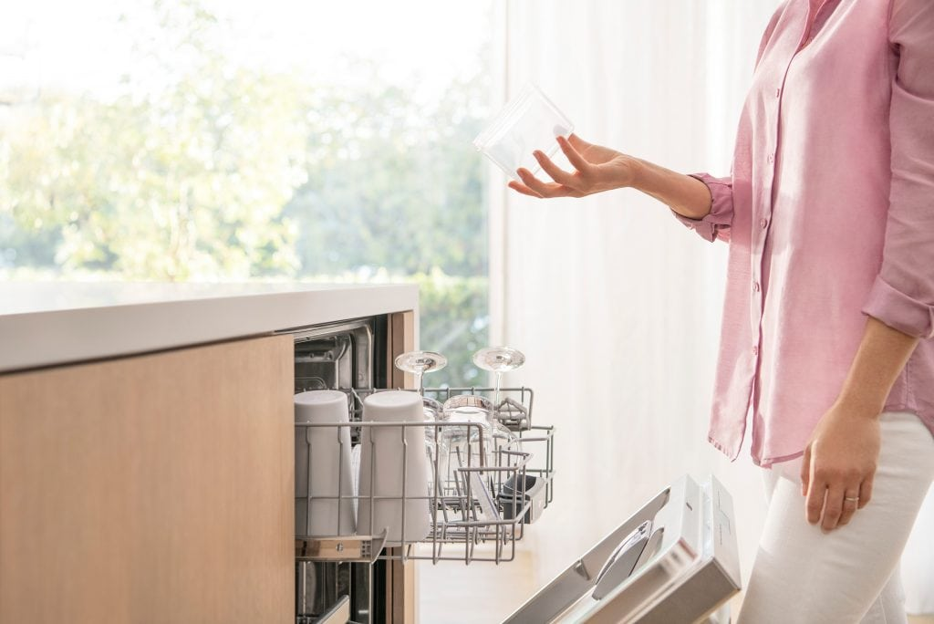 Dishwasher Features Worth Paying For: Adjustable Racks
