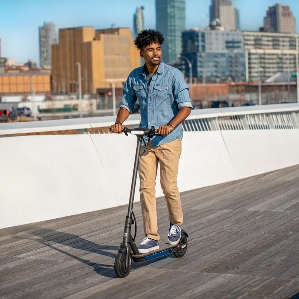 Get Around Campus with the Jetson Quest Electric Scooter: College Transportation Tips
