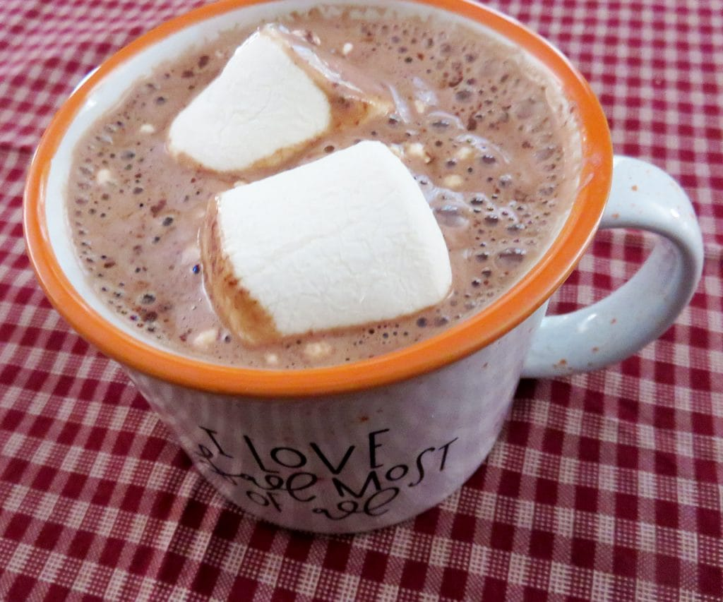 Stuffed Puffs Marshmallows in Hot Chocolate